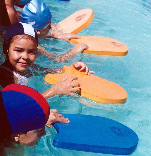 Clases de natación gratis para niños